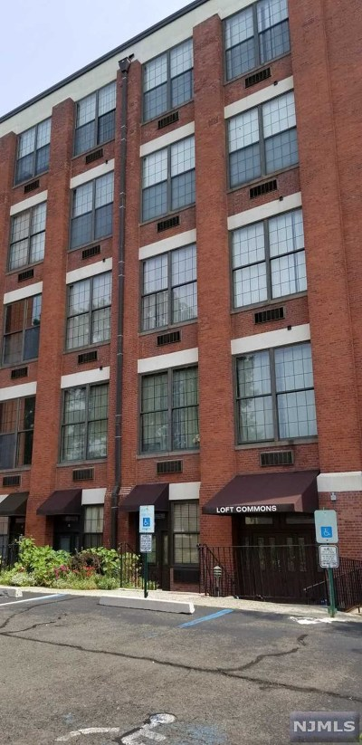 Paterson Condo/Townhouse Under Contract: 366-382 Trenton Avenue #5 F