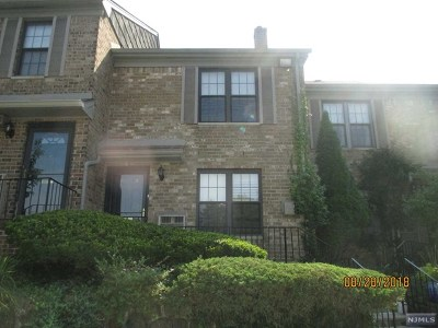 Little Falls Condo/Townhouse Under Contract: 181 P-3 Long Hill Road #P-3