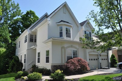 Oakland Single Family Home Under Contract: 53 Ramapo River Trace