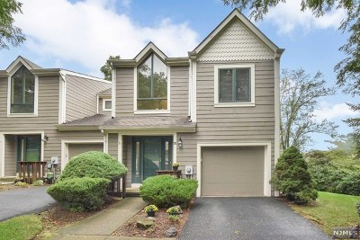 Woodland Park Condo/Townhouse Under Contract: 32 Mill Pond Road
