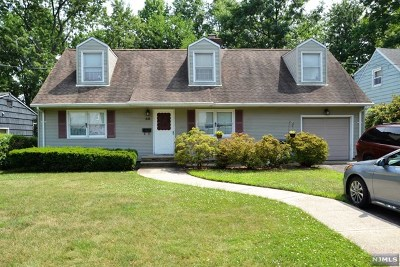Bergenfield Single Family Home Under Contract: 50 Day Avenue