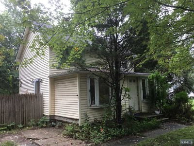 West Milford Single Family Home Under Contract: 1002 Macopin Road