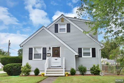 Pompton Lakes Single Family Home Under Contract: 403 Riverdale Boulevard