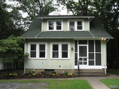 Woodcliff Lake Single Family Home Under Contract: 7 Evergreen Street