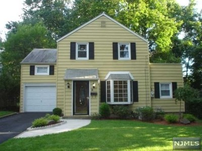 Teaneck Single Family Home Under Contract: 18 Elmer Place
