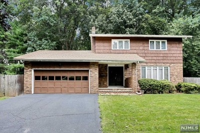 Hillsdale Single Family Home Under Contract: 30 Parkview Drive