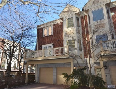 Fort Lee Condo/Townhouse Under Contract: 34 Lenox Court