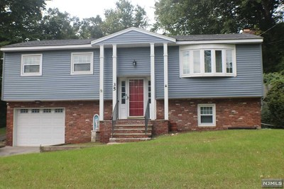 West Milford Single Family Home Under Contract: 35 High Crest Drive