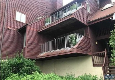 Hudson County Condo/Townhouse Under Contract: 8000 River Road #Aka 2cov