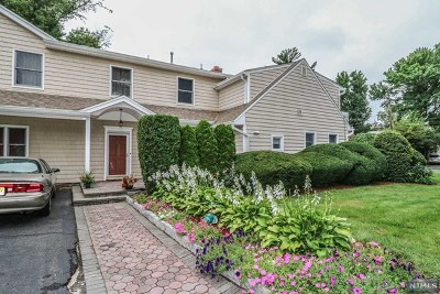 Bergenfield Single Family Home Under Contract: 286 Phelps Avenue
