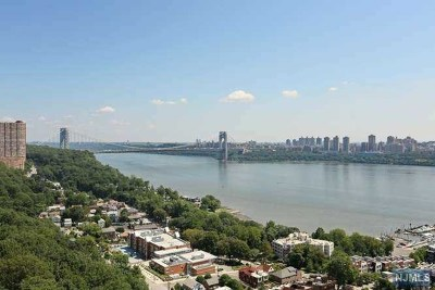 Fort Lee Condo/Townhouse Under Contract: 5 Horizon Road #1604