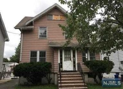 Ridgefield Park Single Family Home Under Contract: 39 South Street