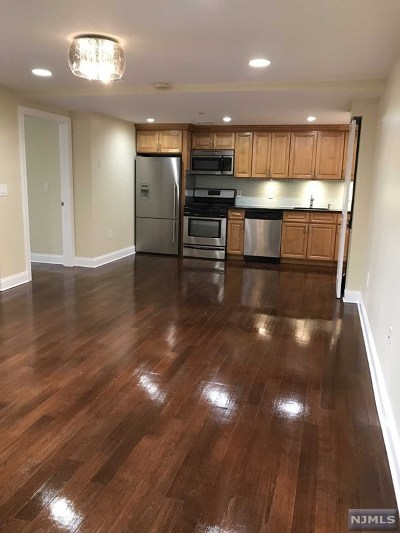Hudson County Condo/Townhouse Under Contract: 5509 Madison Street #101