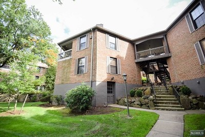 Little Falls Condo/Townhouse Under Contract: 181 Long Hill Road #1
