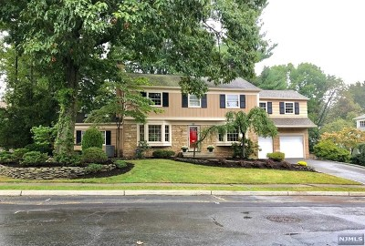 Essex County Single Family Home Under Contract: 11 Woodmont Road