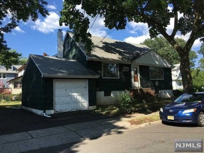 Bogota Single Family Home Under Contract: 136 Queen Anne Road