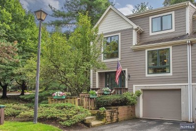 Woodland Park Condo/Townhouse Under Contract: 2 Mill Pond Road