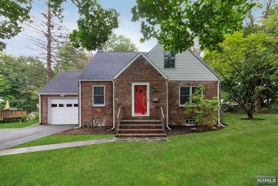 Closter Single Family Home Under Contract: 59 Knickerbocker Road