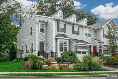 Bergen County Condo/Townhouse Under Contract: 14 Pineview Drive
