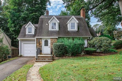 Glen Rock Single Family Home Under Contract: 4 Eton Place