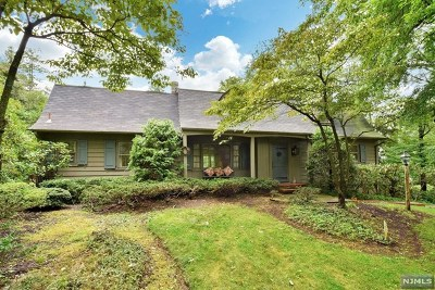 Wyckoff Single Family Home Under Contract: 731 Birchwood Drive