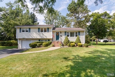 Wayne Single Family Home Under Contract: 31 Lawrence Road