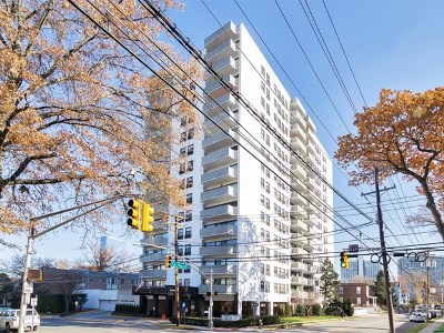 Fort Lee Condo/Townhouse Under Contract: 1600 Center Avenue #Phw
