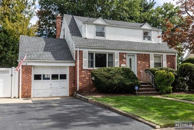 Bergenfield Single Family Home Under Contract: 29 Greenwich Street