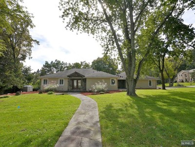 Woodcliff Lake Single Family Home Under Contract: 15 West Hill Road