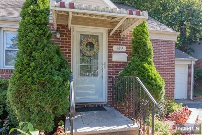 New Milford Single Family Home Under Contract: 419 Ryeside Avenue