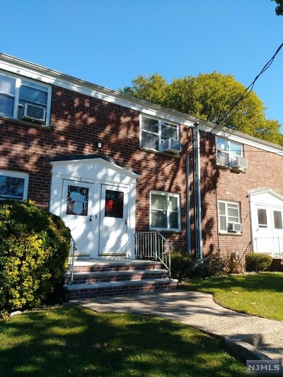 Hackensack Condo/Townhouse Under Contract: 488 Colonial Terrace #67