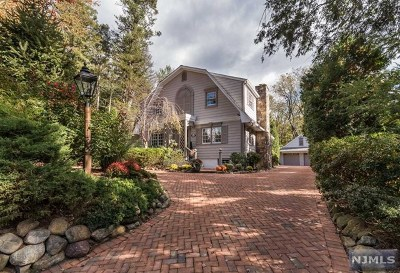 Franklin Lakes Single Family Home Under Contract: 809 Old Mill Road