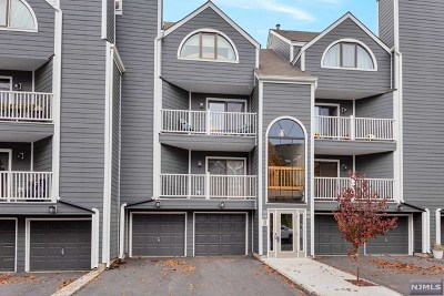 East Rutherford Condo/Townhouse Under Contract: 19b Triumph Court