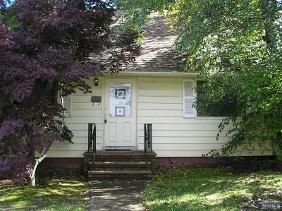Essex County Single Family Home Under Contract: 24 Carlton Terrace