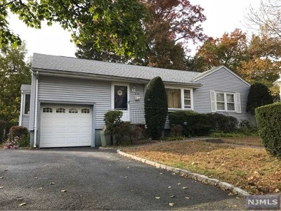 Fair Lawn NJ Single Family Home Under Contract: $362,000