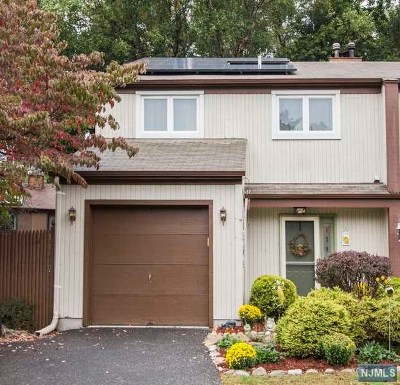 Bergenfield Single Family Home Under Contract: 139 Grove Street