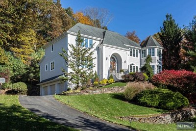 Upper Saddle River Single Family Home Under Contract: 1 Kingsberry Court