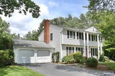 Bergen County Single Family Home Under Contract: 586 Lynn Street
