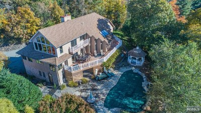 Wayne Single Family Home Under Contract: 59 Westview Road