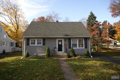 Pompton Lakes Single Family Home Under Contract: 4 Central Avenue