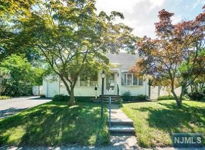 Fair Lawn Single Family Home Under Contract: 12-68 Sunnyside Drive