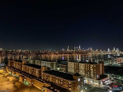 Edgewater Condo/Townhouse Under Contract: 1711 Hudson Park #1711