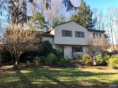 West Milford Single Family Home Under Contract: 33 Bergen Drive