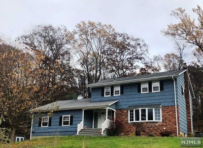 West Milford Single Family Home Under Contract: 12 Clover Road