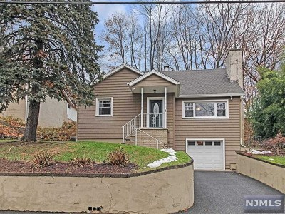 Oakland Single Family Home Under Contract: 15 High Mountain Road