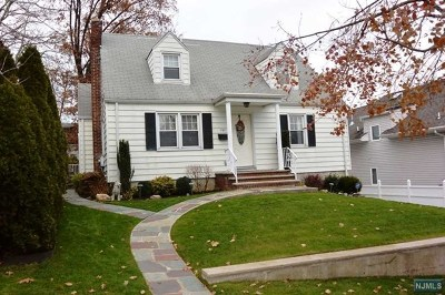 Ridgefield Single Family Home Under Contract: 797 Pleasantview Terrace