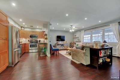Ramsey Condo/Townhouse Under Contract: 66 South Franklin Turnpike #66
