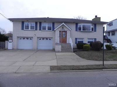Little Ferry NJ Single Family Home Under Contract: $569,896