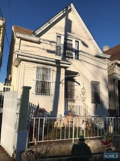 Paterson Single Family Home Under Contract: 162 Madison Avenue