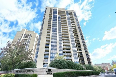 Fort Lee Condo/Townhouse Under Contract: 800 Palisade Avenue #505
